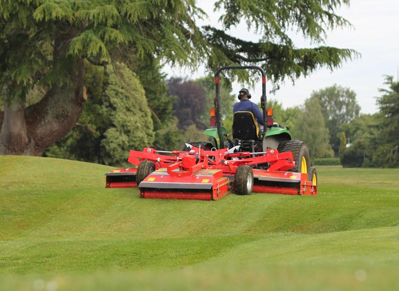 Trimax Snake Rolling Hill