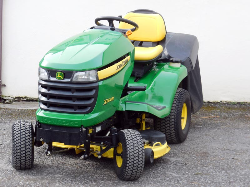 used john deere x300r ride on lawn tractor with kawasaki. Black Bedroom Furniture Sets. Home Design Ideas