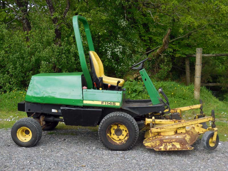 John Deere F1145 Used Out Front Mower