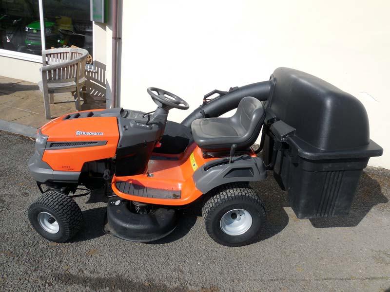 Husqvarna Lawn Tractor With Kawasaki Engine