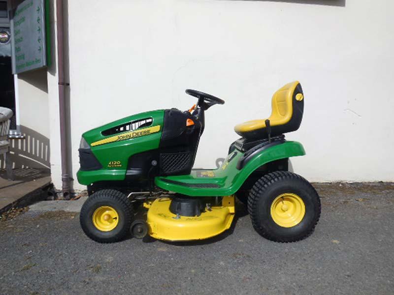 Used John Deere X120