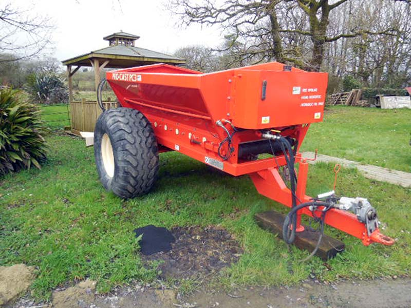 Used Wiedenmann Procast PC3 Top Dresser