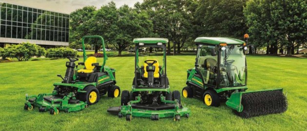 Super six John Deere lawn mowers for landscape contractors