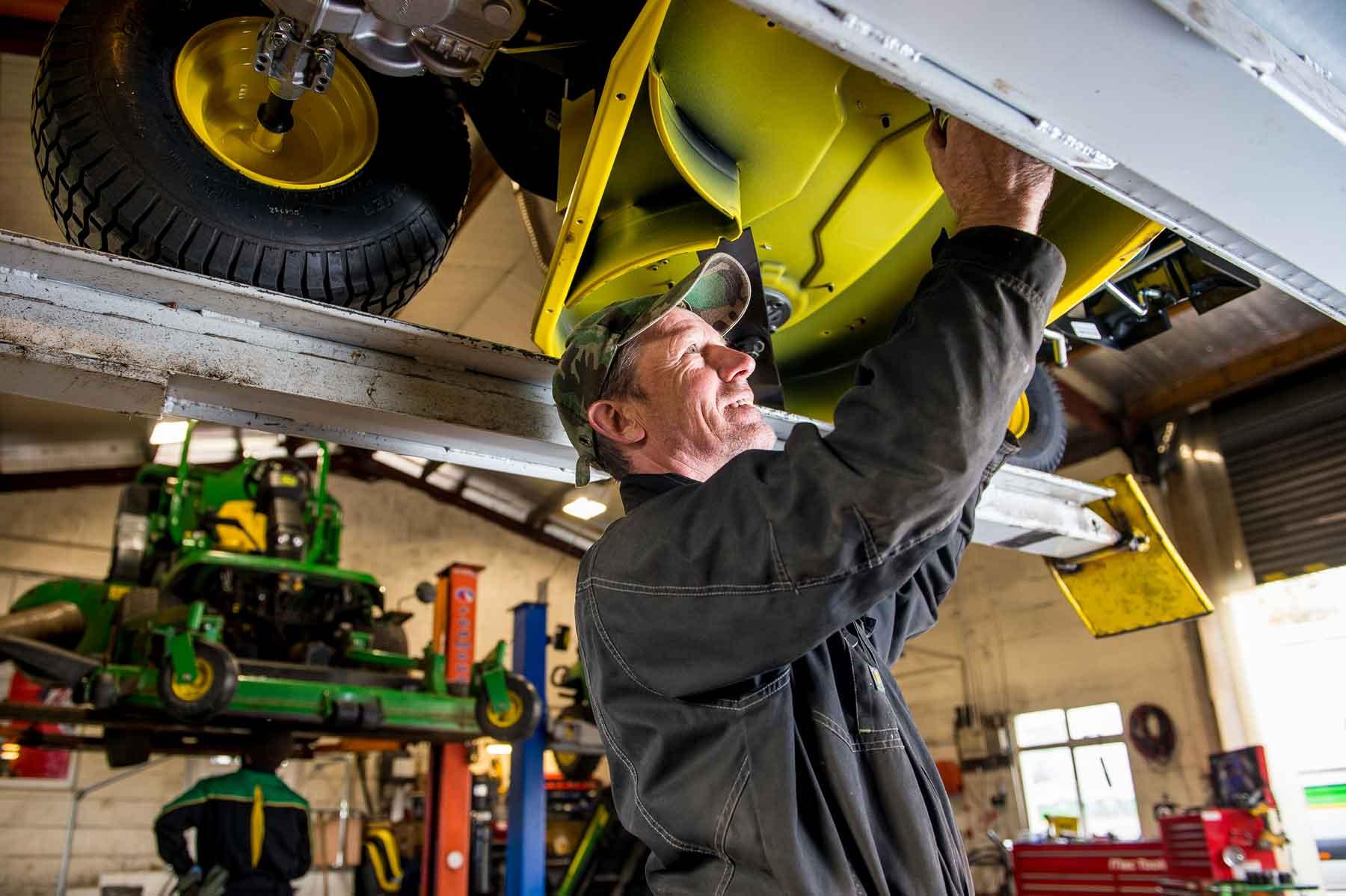 Powercut-service-mower