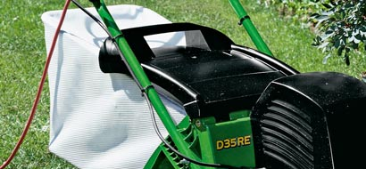 Feature Scarifier Collection Bag Optional