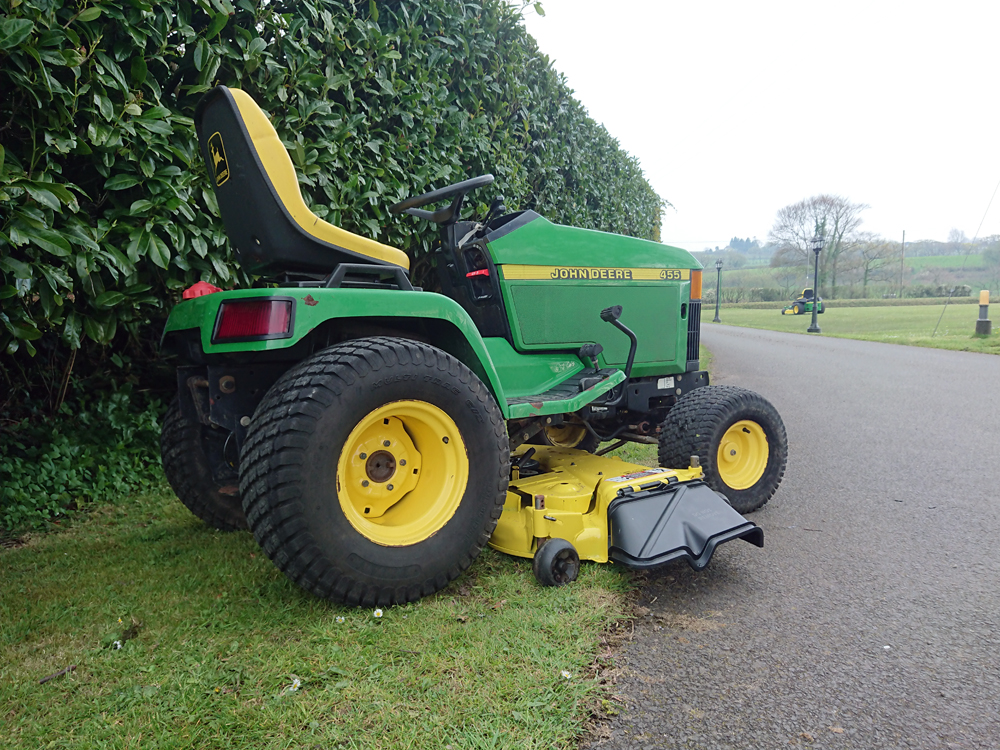 John Deere 455 Garden Tractor Ride On Mower
