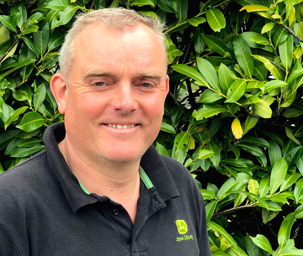 Photo of commercial manager, Sean. Specialist in Commercial Machinery for Sports Grounds & Golf Courses